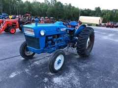 Tractor For Sale:   Ford 2000