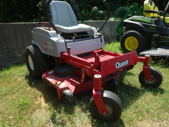 2009 Exmark QUEST Riding Mower For Sale