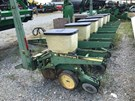 Planter For Sale:  1988 John Deere 7200