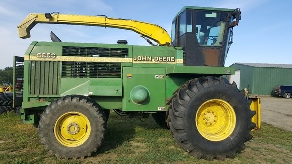1998 John Deere 6650 Forage Harvester-Self Propelled For Sale