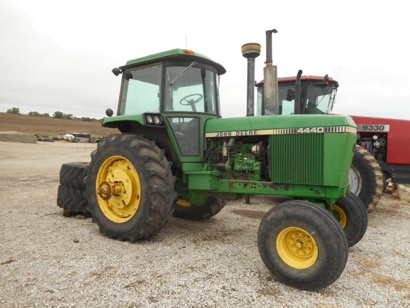 1982 John Deere 4440 Tractor For Sale