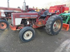 Tractor For Sale International 574 , 52 HP