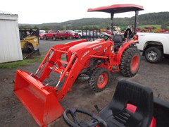 Tractor - Compact For Sale 2014 Kubota L3800 , 38 HP