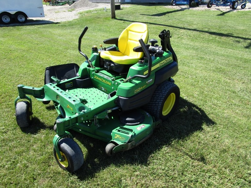 2011 John Deere Z925A Zero Turn Mower For Sale