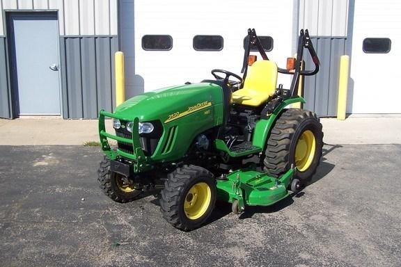 2011 John Deere 2520 Tractor For Sale