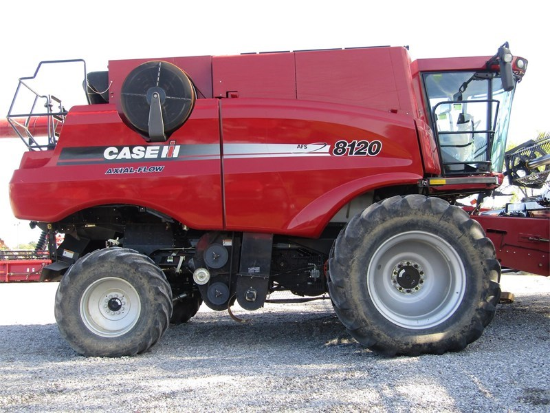 2001 Case IH 8120 Combine For Sale