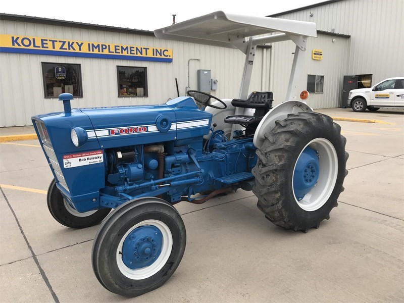 1970 Ford 2000 Tractor For Sale
