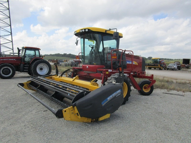 2014 New Holland H8040 Windrower-Self Propelled For Sale