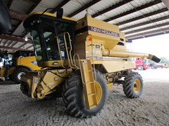 Combine For Sale 1998 New Holland TR98