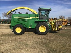 Forage Harvester-Self Propelled For Sale 2004 John Deere 7300