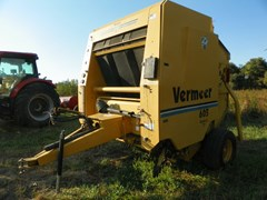 Baler-Round For Sale 1998 Vermeer 605L