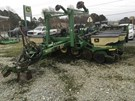 Planter For Sale:  1999 John Deere 1780
