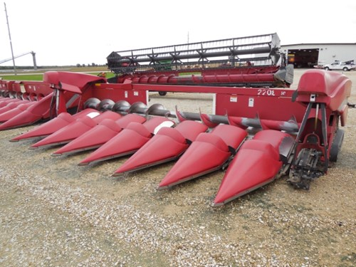 Header-Corn For Sale:  2008 Case IH 2208