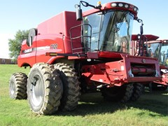 Combine For Sale 2009 Case IH 7120