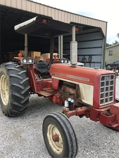 Tractor For Sale 1976 International 674 , 74 HP