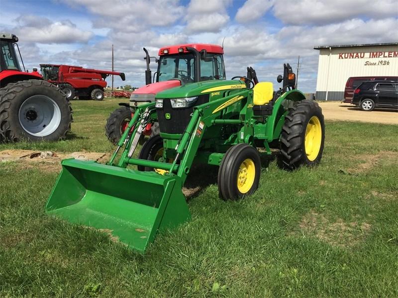 John Deere 5045E Tractor For Sale