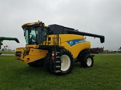 Combine For Sale 2011 New Holland CR9080