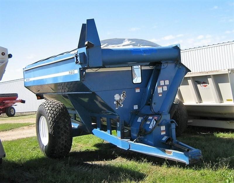 Kinze 640 Grain Cart For Sale