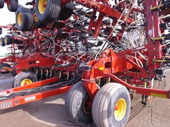 Air Drill For Sale 2012 Bourgault 3320 & 6700