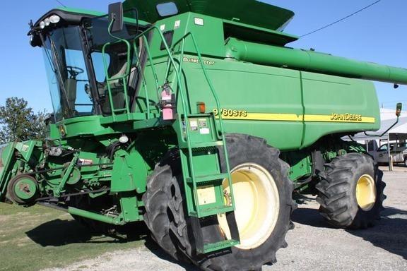 2006 John Deere 9760 STS Combine For Sale