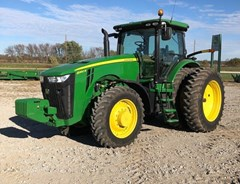 Tractor For Sale 2011 John Deere 8260R , 260 HP