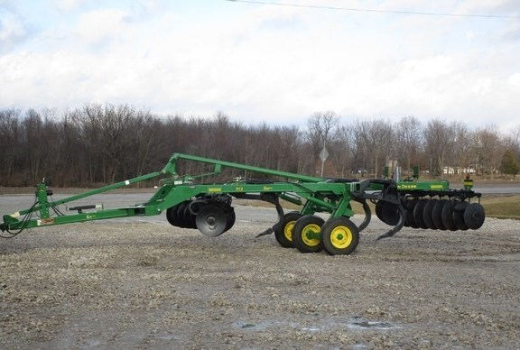 2010 John Deere 512 Disk Ripper For Sale