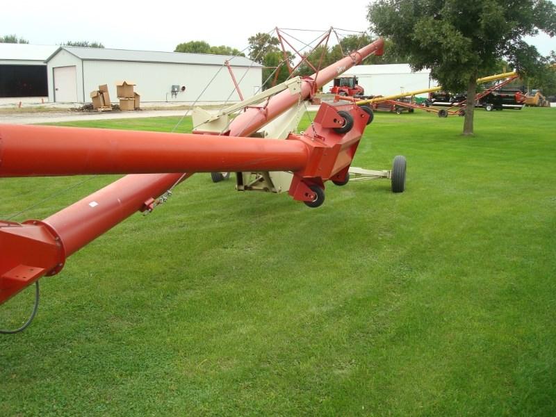 Buhler Farm King 1370 Auger-Portable For Sale