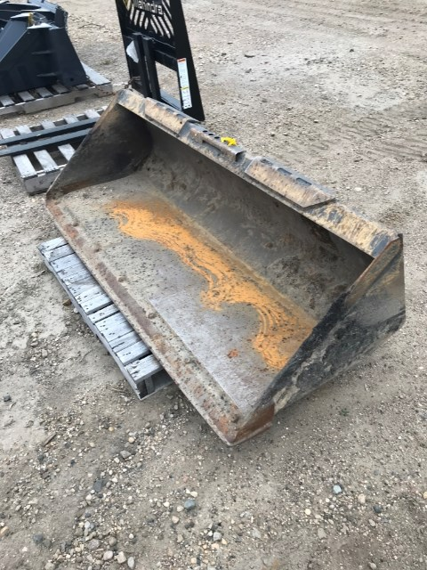 2016 Case 72' Dirt Bkt Attachment For Sale