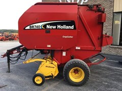 Baler-Round For Sale:  2004 New Holland BR740