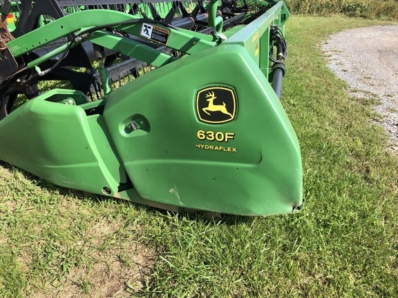 2005 John Deere 630F Header-Auger/Flex For Sale