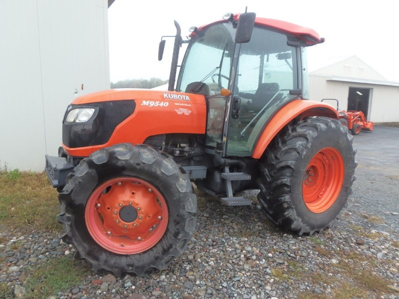 2006 Kubota M9540HDC Tractor For Sale