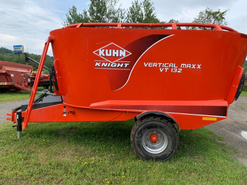 Knight VT132 Feeder Wagon-Power For Sale