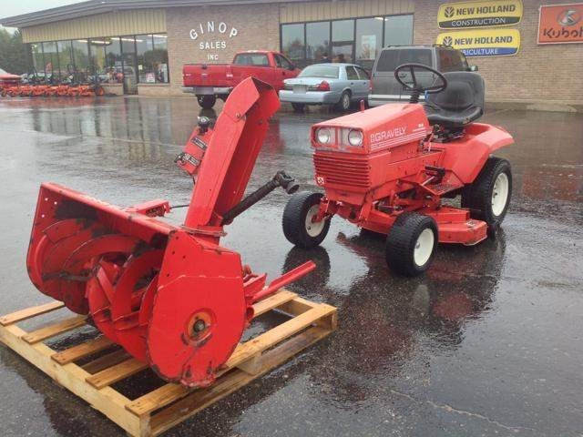 1991 Gravely 16G Riding Mower For Sale