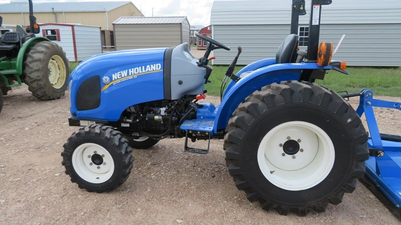 2015 New Holland Workmaster 33 Tractor For Sale