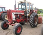 Tractor : International 806