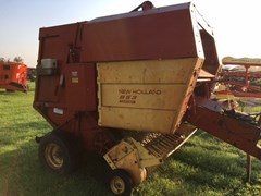 Baler-Round For Sale 1989 New Holland 853