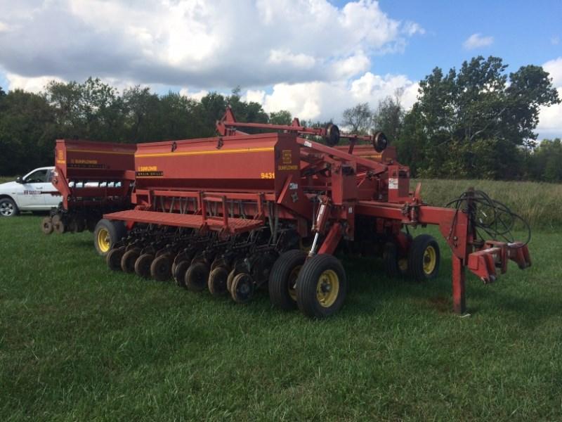 1998 Sunflower 9431 Grain Drill For Sale