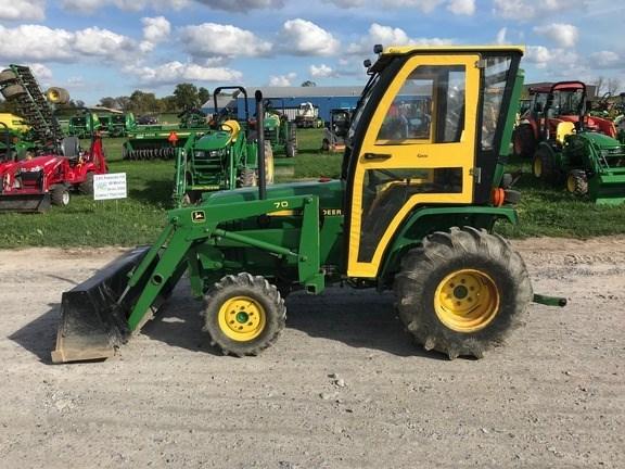 1997 John Deere 770 Tractor For Sale