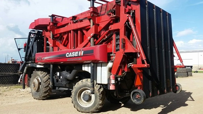2010 Case IH MODULE EXPRESS 625 Cotton Picker For Sale