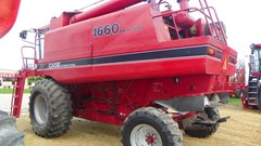 Combine For Sale 1987 Case IH 1660 , 180 HP