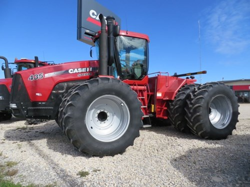Tractor For Sale:  2010 Case IH STGR 435
