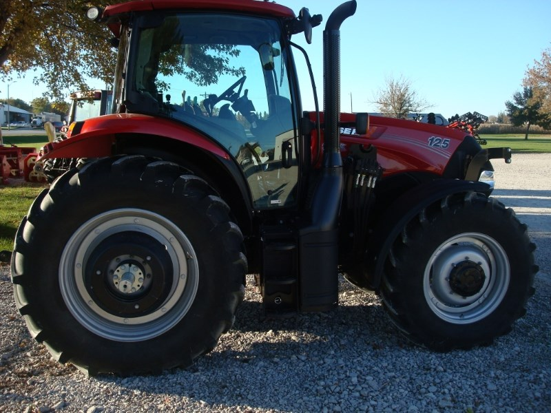 2017 Case IH MAXXUM 125 Tractor For Sale