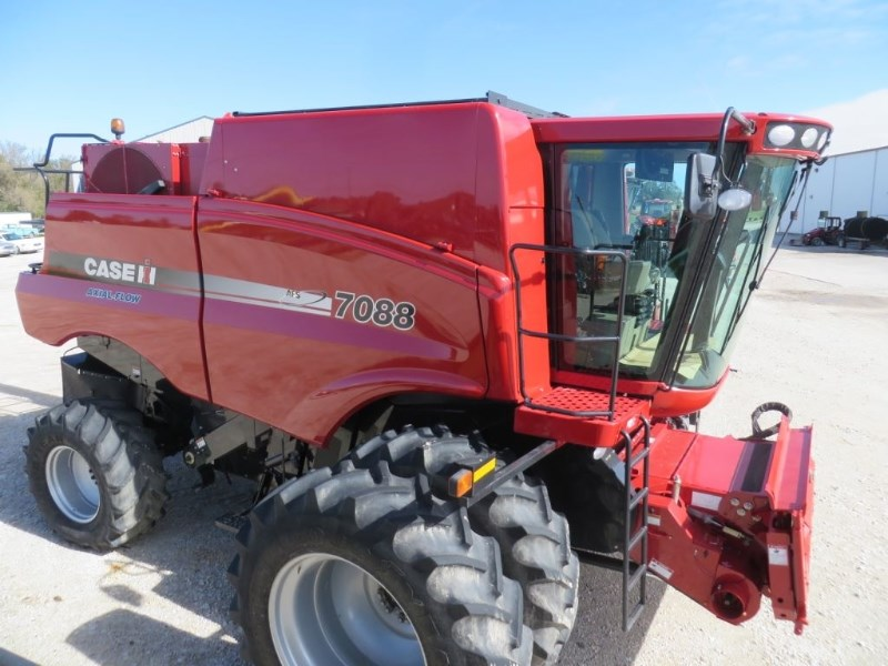 2012 Case IH 7088 Combine For Sale