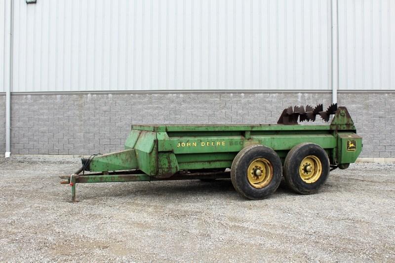 1980 John Deere 660 Manure Spreader-Dry For Sale