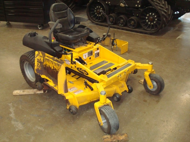 EverRide 2560 Zero Turn Mower For Sale