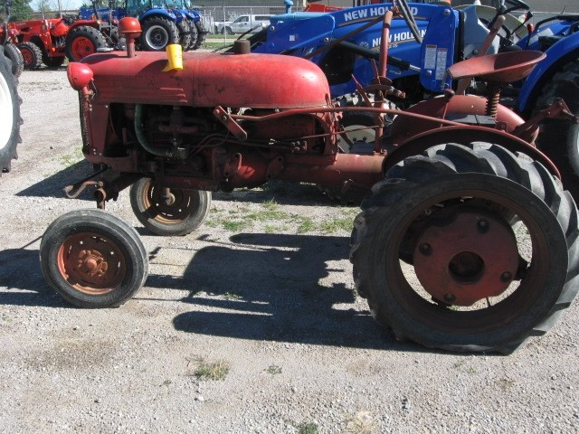 International CUB Tractor For Sale