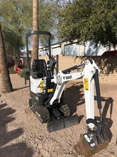 Excavator-Track :  Bobcat E10 T4