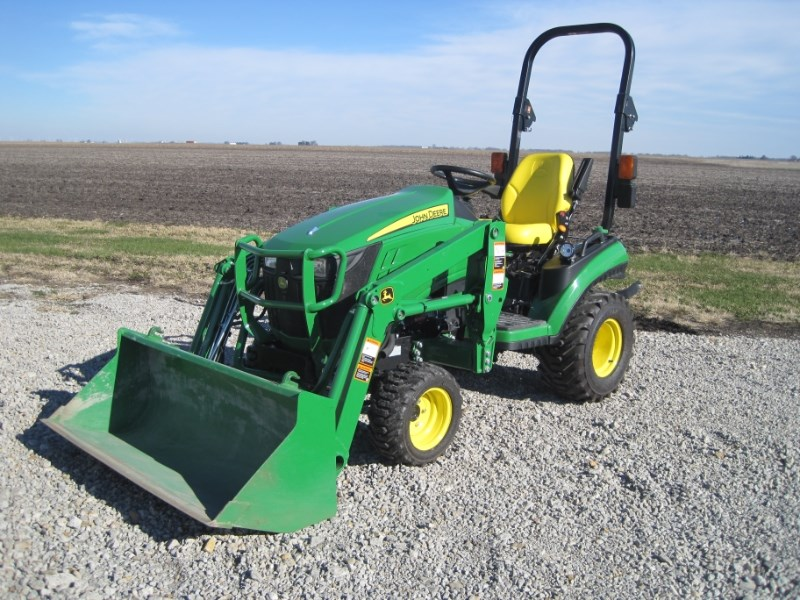2017 John Deere 1025R Tractor - Compact For Sale at New