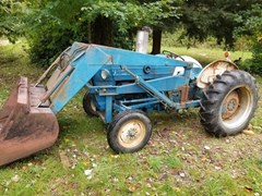 Tractor For Sale 1962 Ford 2000 , 36 HP