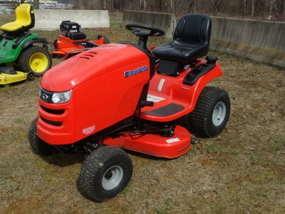 2014 Simplicity REGENT EX22/38 Riding Mower For Sale